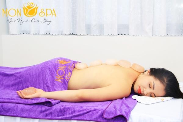 Massage-chai-thong-kinh-lac