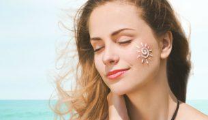 Độ tuổi nào phụ nữ cần phải chăm sóc da mặt?